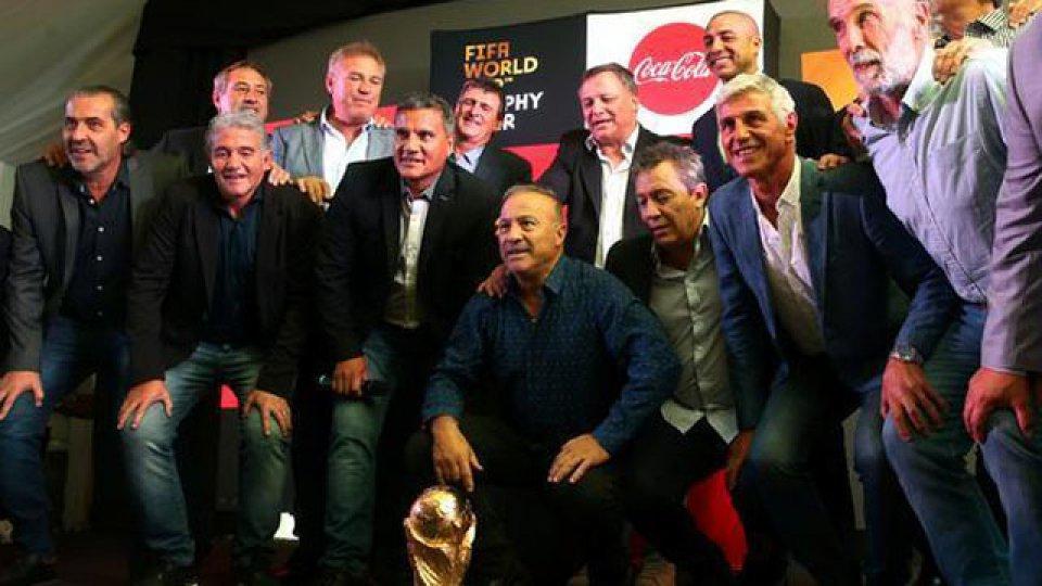 El Vasco habló de Diego tras la reunión con Bilardo.