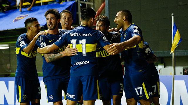 Boca visita a Independiente y va por un triunfo.