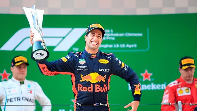 Ricciardo cortó la racha de Vettel y ganó en China.