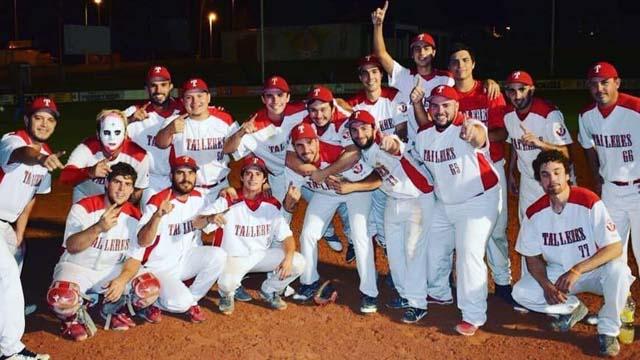 Talleres se consagró campeón en el Softbol de Paraná.