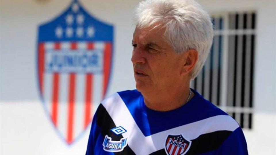 El DT de Junior, frente a las sospechas en la Copa Libertadores.
