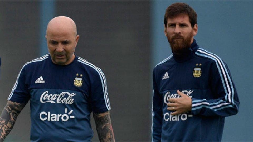 Lionel Messi llega al país y se sumará al trabajo de la Selección