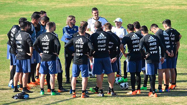 La Selección comenzó a despedirse de Argentina: entrenó a puertas abiertas en Huracán