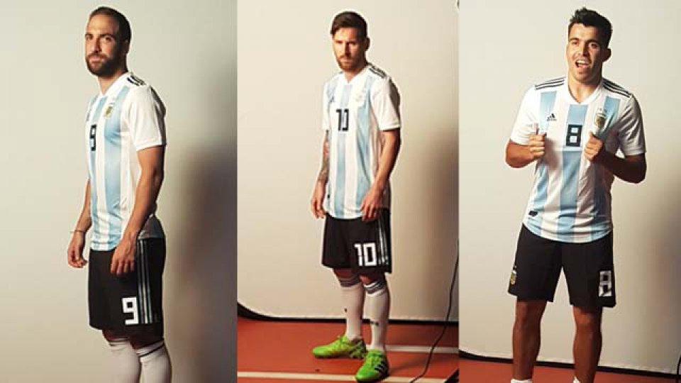 Un equipo de la FIFA fotografió al plantel argentino en la concentración.