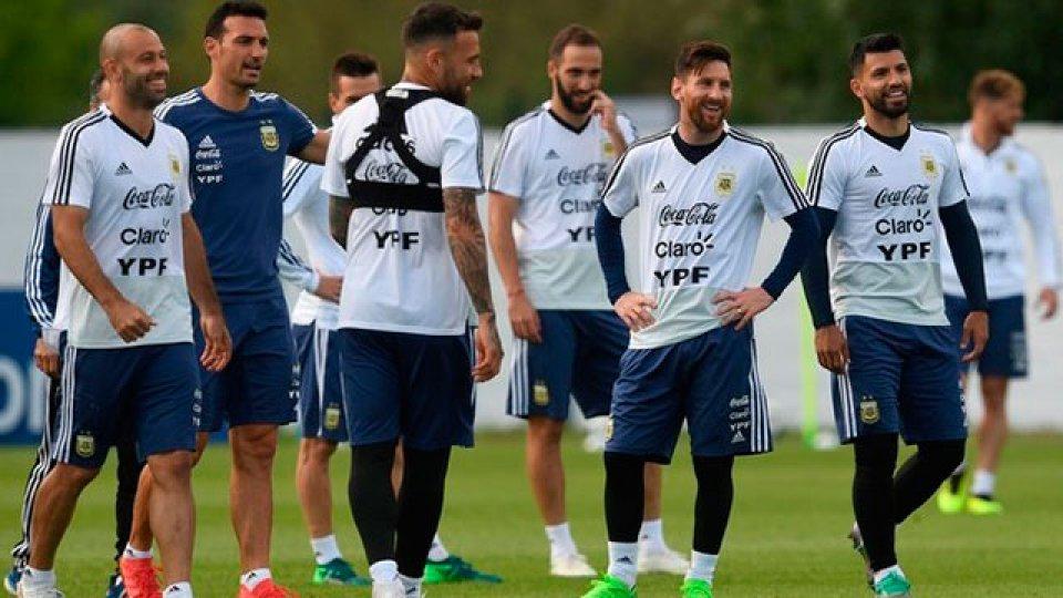 Sampaoli tiene prácticamente definido el equipo para el debut con Islandia.