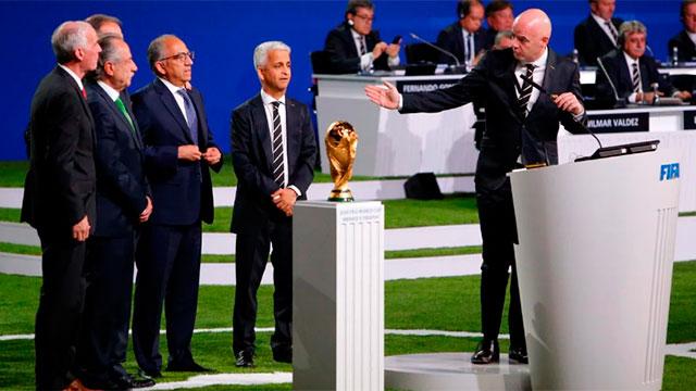 """El líder de la FIFA destacó también que la FIFA actúa con """"transparencia total""""."""