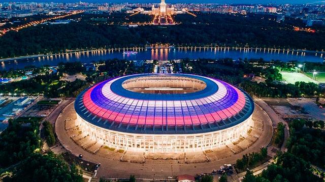 El Olímpico Luzhnikí de Moscú ya tiene todo listo para recibir al Mundial.