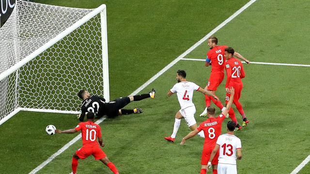 En el final, Inglaterra venció a Túnez y arrancó victorioso en el Mundial