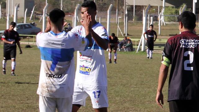 Gimnasia y Esgrima de Concepción del Ururguay quedó a un paso del título