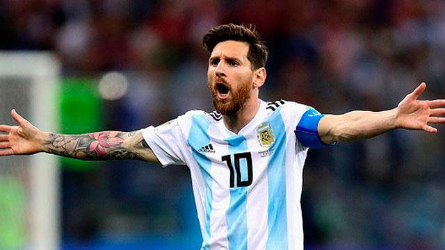 Messi desplazó a Ronaldo como el futbolista mejor pago del mundo.