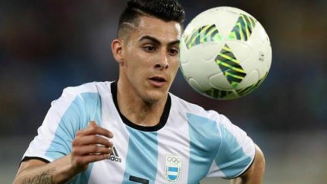 Kichán Pavón podría emigrar al Watford, donde juega el argentino Pereyra.