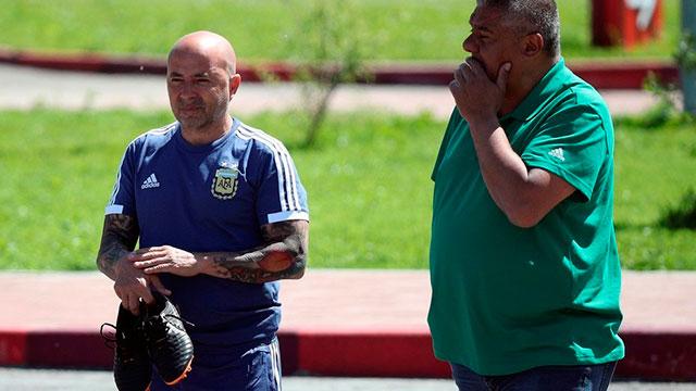 Sampaoli está reunido con Tapia y Angelici: se define su salida de la Selección.