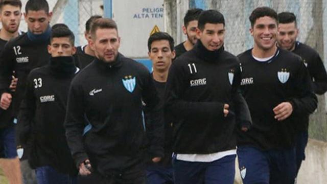 El León comenzó a entrenar para volver rápidamente a la Primera B Nacional.
