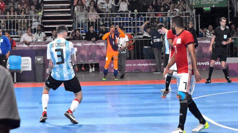 A 2 minutos y 20 segundos del cierre, Argentina consiguió el empate definitivo.