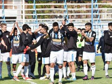 Juventud Unida logró un empate en su estadio ante Sportivo Las Parejas