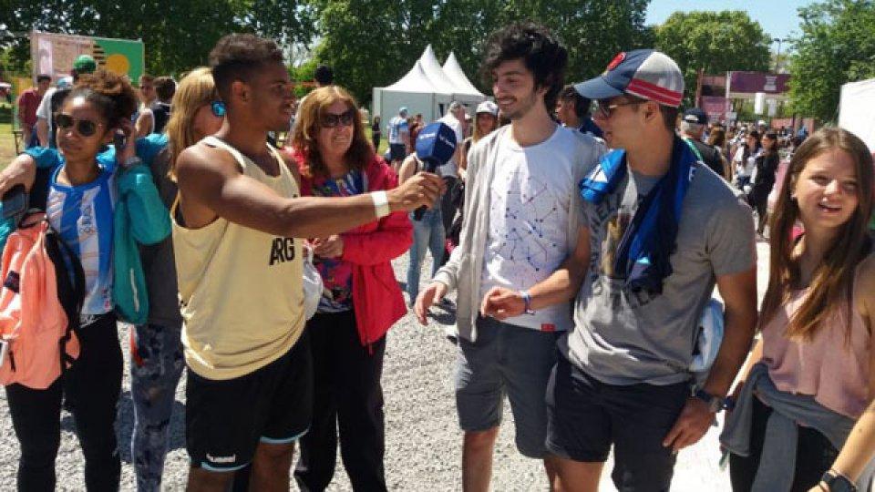 La familia Daudinot acompañando a Francisco en los Juegos de la Juventud.