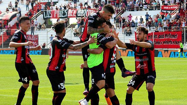 Patronato vuelve a jugar por la Superliga en un encuentro clave ante Lanús