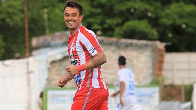 Gastón Sangoy marcó para el Decano ante el Lobo. (Foto: Diario Uno)