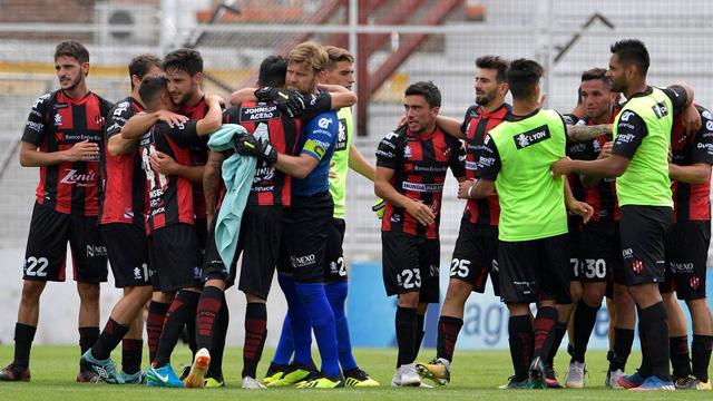 El Patrón busca su tercera victoria en al Superliga, ante Unión en Santa Fe.