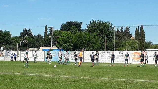 Unión Agrarios ganó en Viale en la primera final. (Foto: Micrófono Digital)