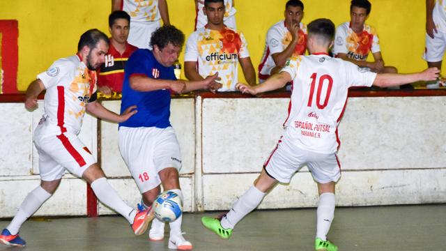 """Se disputaron los cotejos de ida de las Semifinales del Clausura """"A""""."""