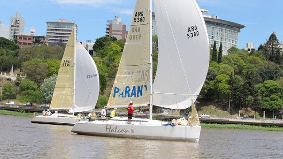 Con la regata Cerro-Paraná, terminó el torneo.