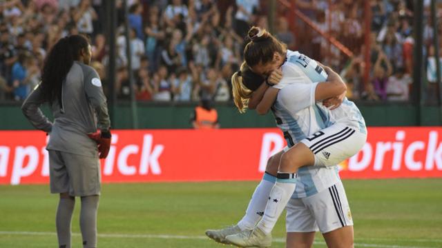 Argentina irá por el título en Francia 2019, y podría ser anfitrión en 2023.