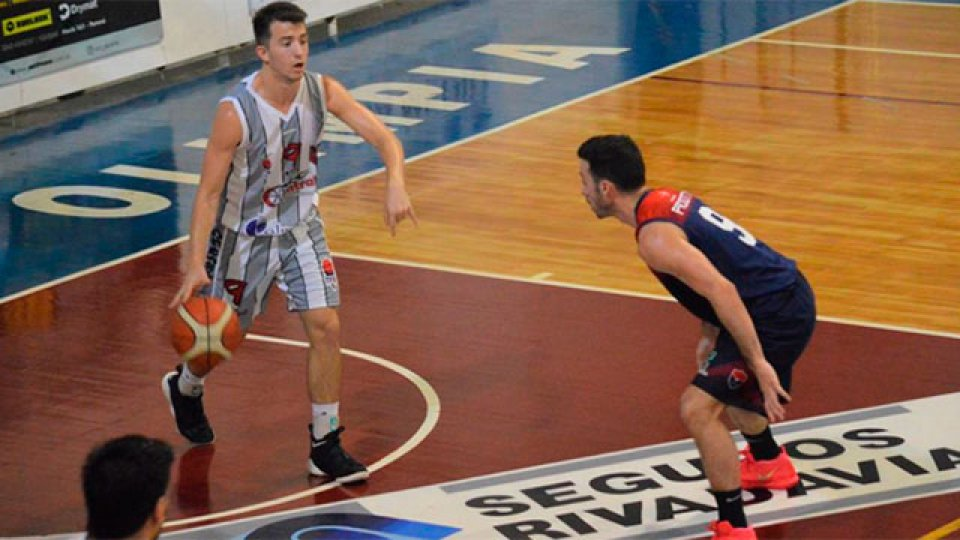 Olimpia juega con Central Entrerriano con la obligación de ganar.