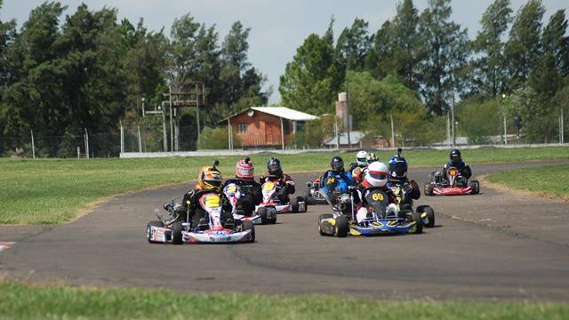 Karting Río Paraná cierra con el Gran Premio Coronación.