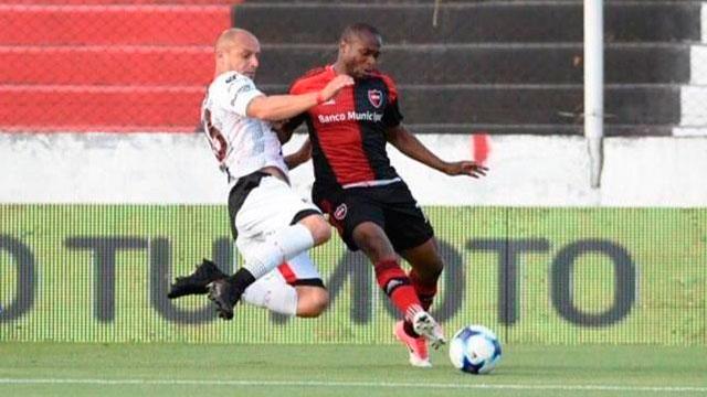 Patronato enfrenta a Newell's en Rosario buscando un resultado positivo — Superliga