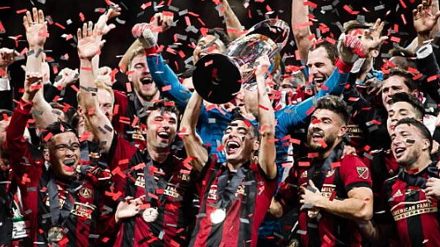 Eric Remedi pasó por Paraná luego de coronarse campeón en la MLS.