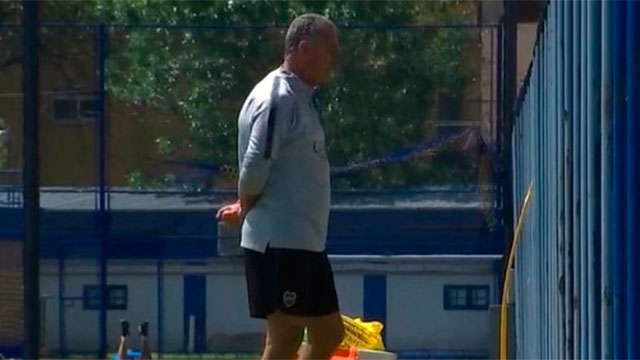 Gustavo Alfaro ensayó un equipo para el amistoso frente a Unión