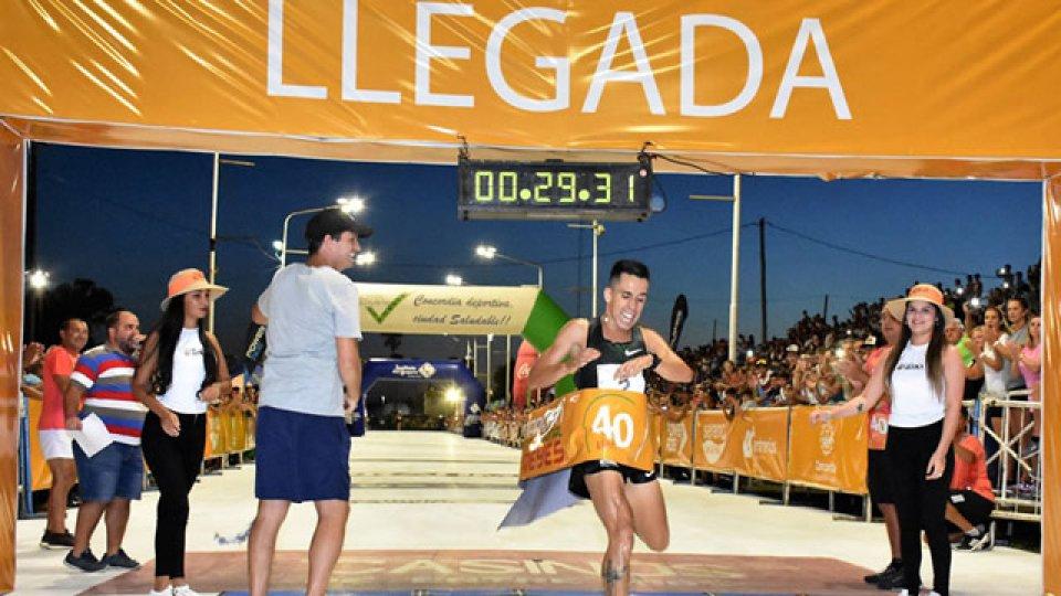 Molina fue el vencedor en la Maratón de Reyes.