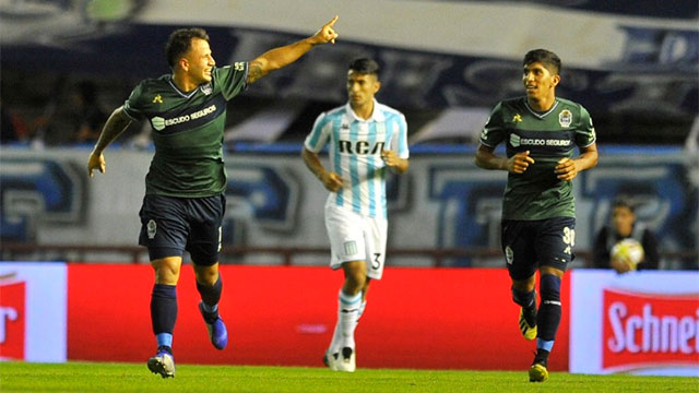 Gimnasia derrotó a Racing en Mar del Plata.