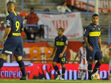 Tevez, tras el debut en la era Alfaro: