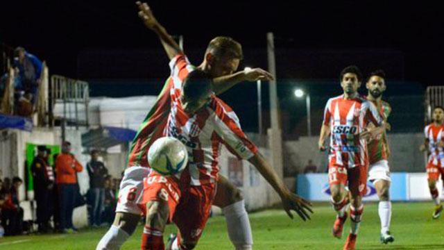 Atlético Paraná debutó en la Copa Argentina con una victoria como local.