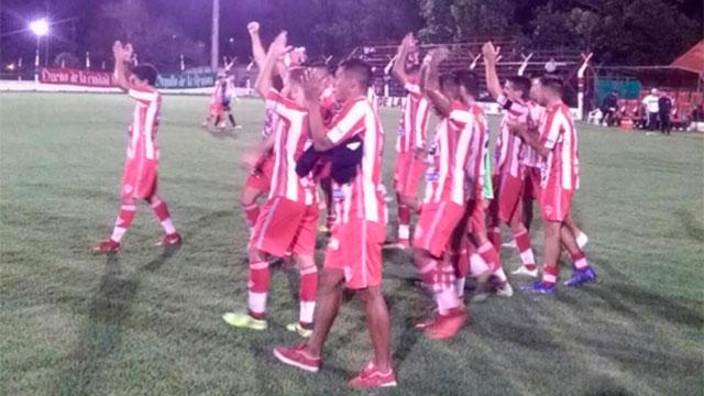 El Gato avanzó en la Copa Argentina. (Foto: Atlético Paraná Of).