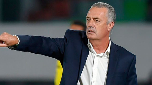 El entrenador esperará por la recuperación de Tevez.