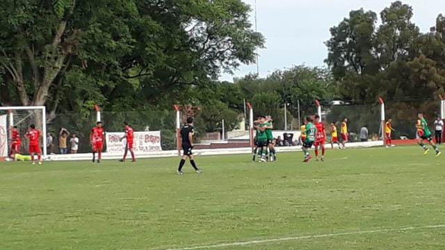 El Verde cerritense consiguió un empate en Diamante.