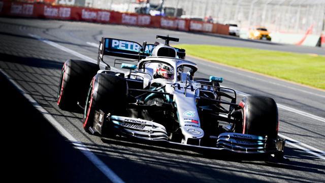 Hamilton buscará su tercer éxito en la pista de Albert Park.
