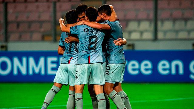 Colón arrancó su participación en la Copa Sudamericana con una goleada en Perú