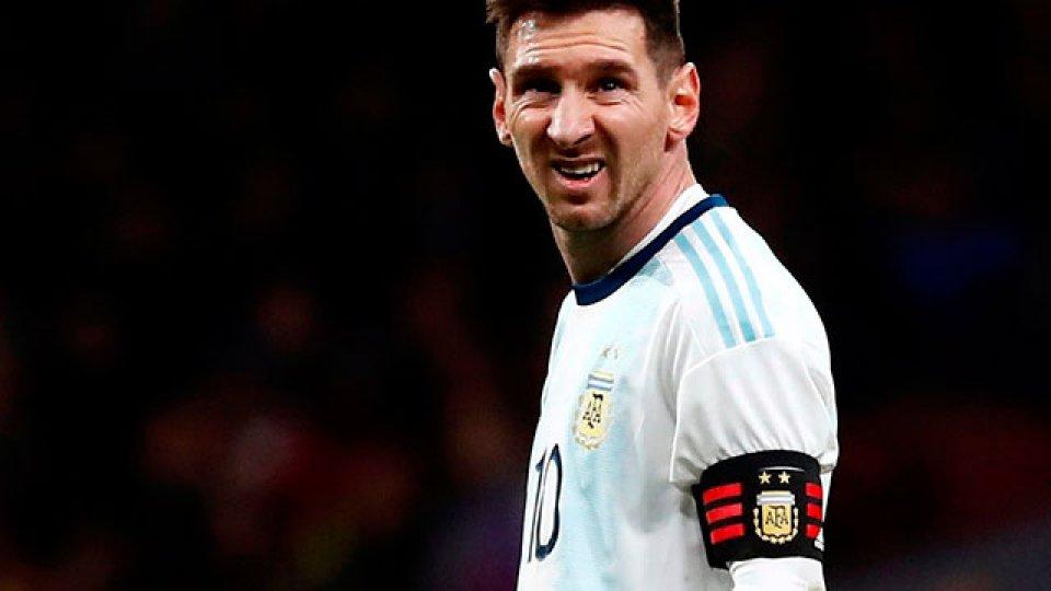 Lionel Messi, lesionado, quedó desafectado.