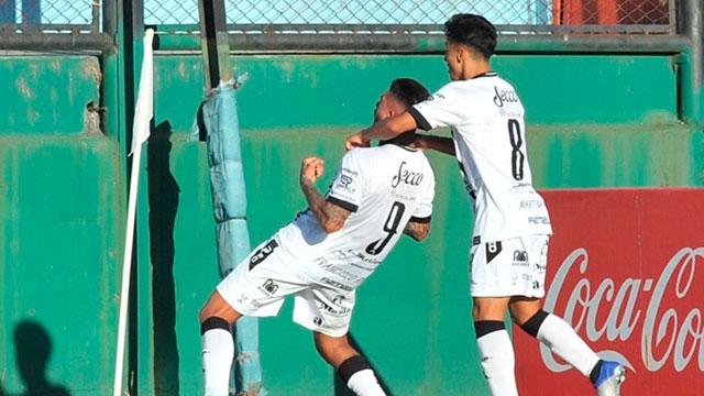All Boys eliminó a Sarmiento de Junín de la Copa Argentina.