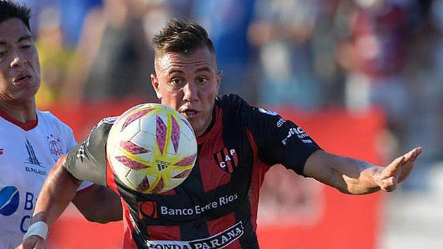 Godoy Cruz ganó en Mendoza y complicó a Patronato