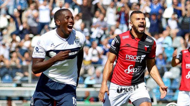 El Sabalero terminó en los últimos puestos de la Superliga.