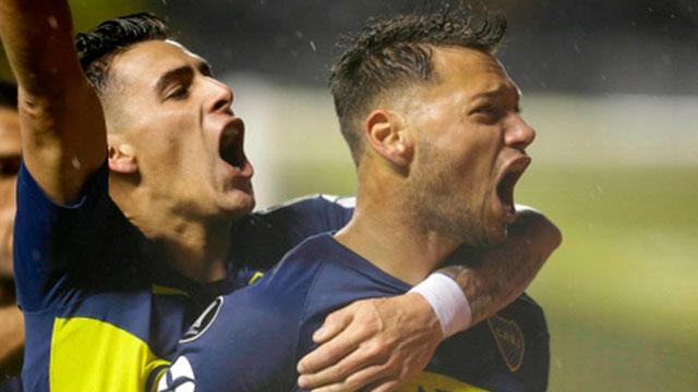 Boca enfrenta a Estudiantes de Río Cuarto.