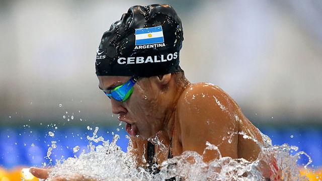 Ceballos se subió a la cima del podio en el Campeonato Nacional de Natación.