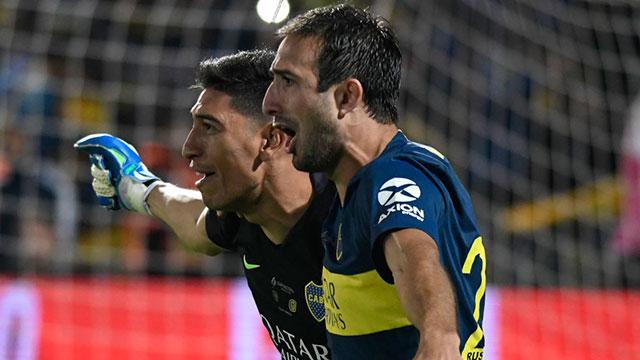 Izquierdoz marcó el penal definitivo para el Xeneize.