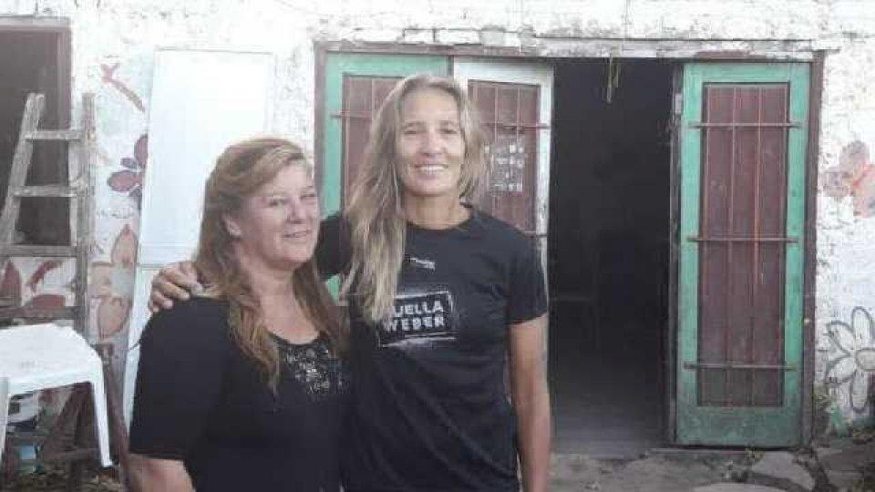 """""""Yo no pasé hambre, pero mi familia se esforzó y me ayudó mucho"""", contó Ana."""