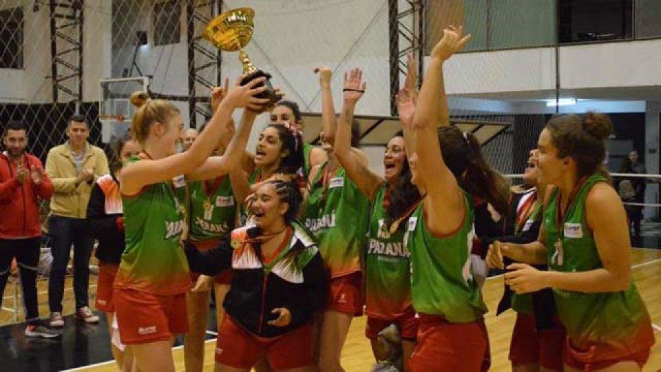 Las chicas paranaenses festejaron el título en U19.